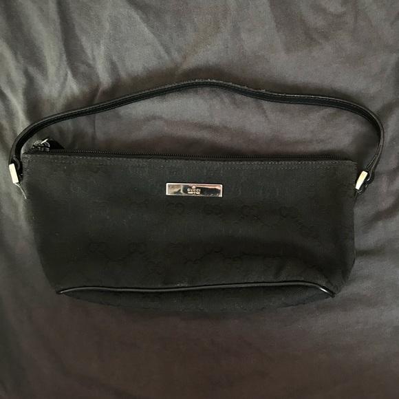 b7a32f50ccb322 Gucci Handbags - 90s Gucci handbag/shoulder bag black monogram GG